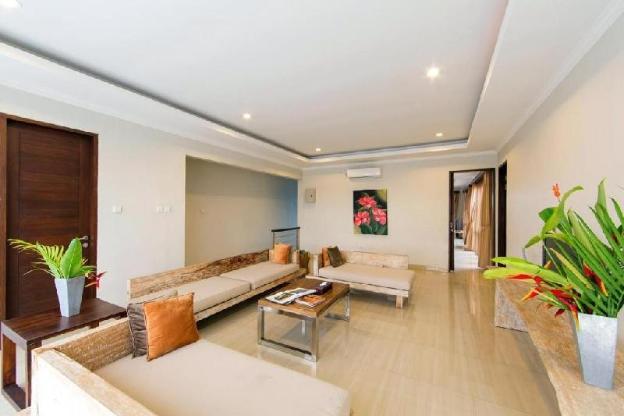 3BR Private Villa with Pool & Breakfast @Seminyak