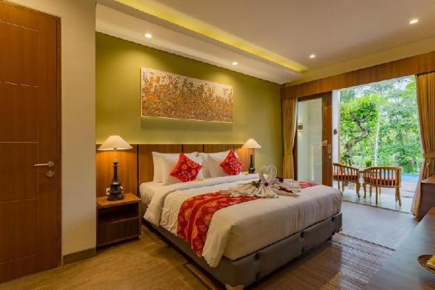 6BR Spacious Villa with Pool + Living Room @Ubud