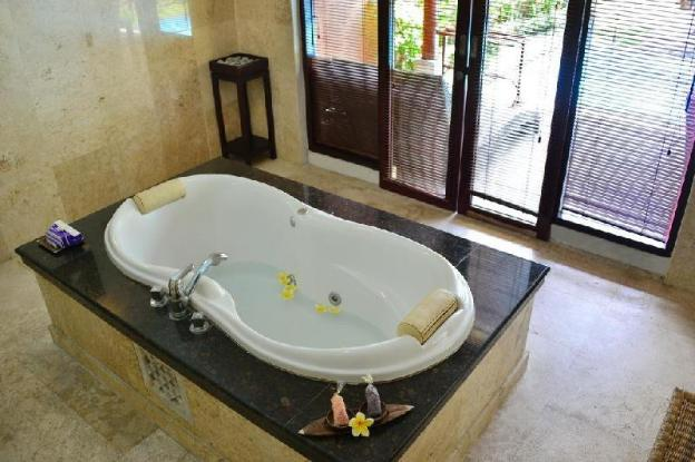 1BRoom Villa with Private Pool Near Kuta Beach