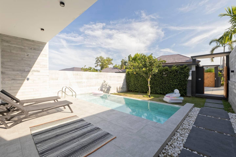 2 Bedrooms Five-star Boutique Modern Pool Villa