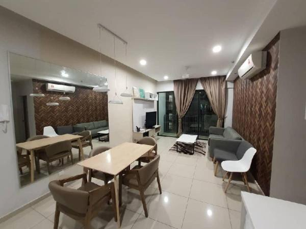 TRS - I-Suite I-City 2 Room 2 bath, FREE Parking Shah Alam