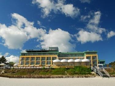 Hotel Bryza Resort And Spa