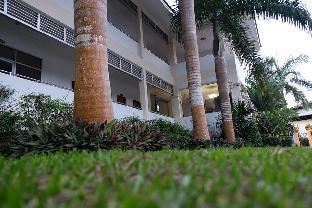 バーン プラサート リゾート アンド ホテル Baan Prasert Resort and Hotel