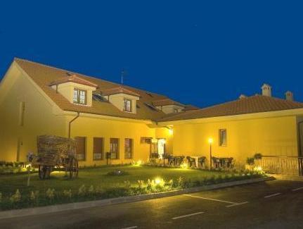 Hotel Pugide
