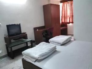 Hotel Anjalik