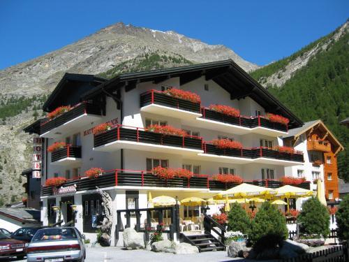 Hotel Mattmarkblick Ski And Wanderhotel