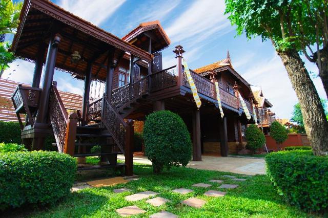 บ้านไทยล้านนา พัทยา – Baan Thai Lanna Pattaya