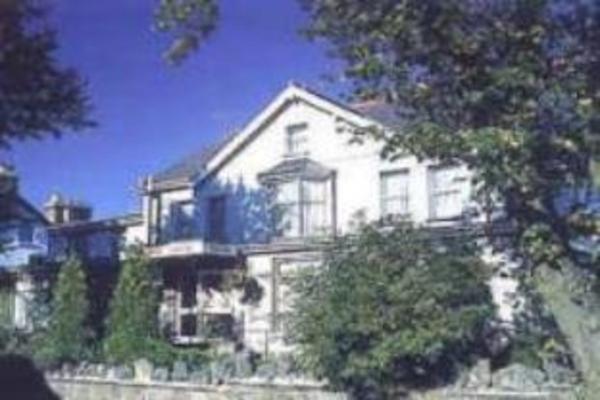 Tregenna Hotel Merthyr Tydfil