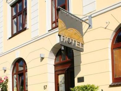 Hotel zur alten Stadtmauer 1