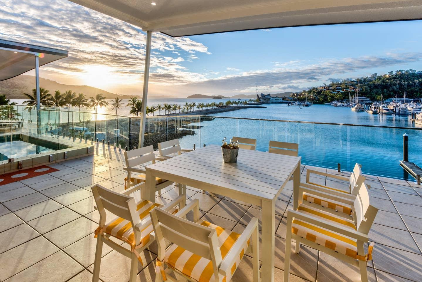 Penthouse Pavillion 25 Pool Buggy Ocean Views