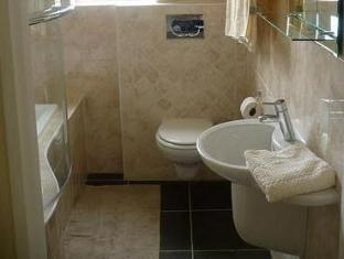 Self Catering Flatlet - King Or Twin