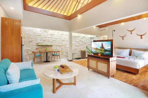 1 BR Villa Private Pool&Hot tub-Breakfast#AkV