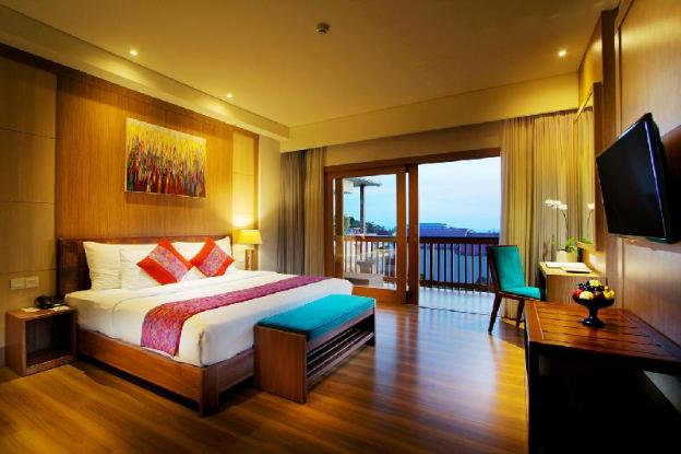 Kirana Deluxe Room-Breakfast|TKH