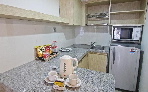 Family Room-Breakfast|TLS