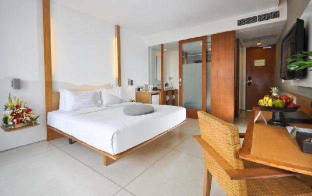 Haven Suite 1 BR-Breakfast THB