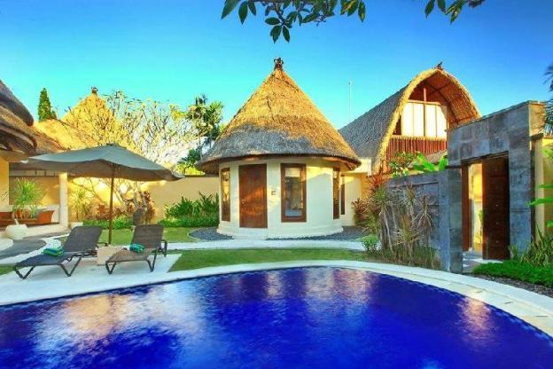 Three BR Villa with Private Pool - Breakfast