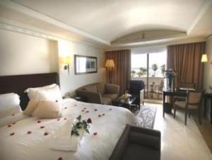 L Amphitrite Palace Resort And Spa