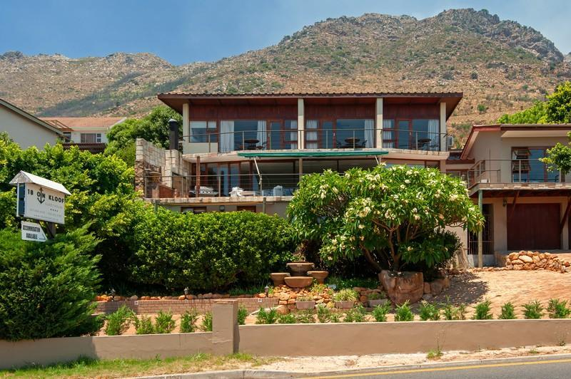 18 on Kloof Guest House