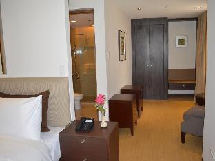 picture 4 of Imperial Palace Suites Quezon City
