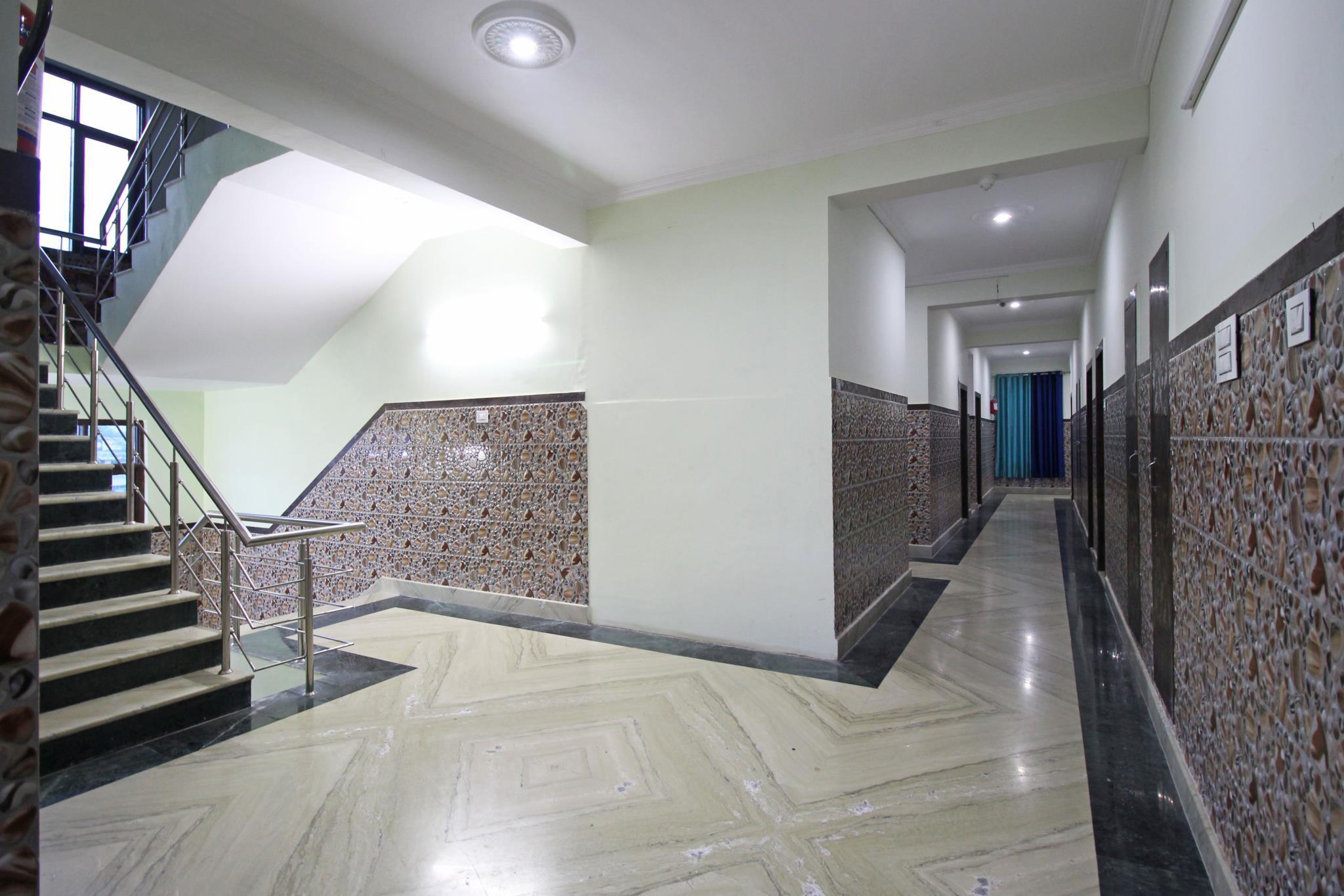 Hotel KS International