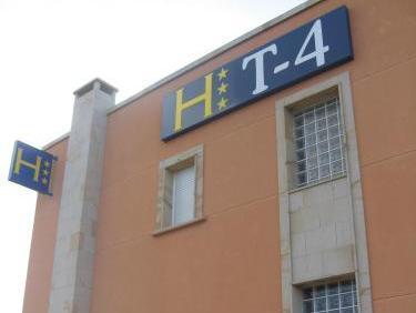 Hostal T4