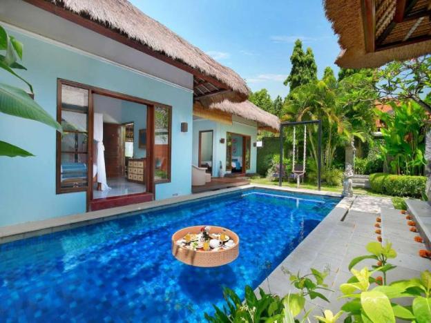 6 BR Luxury Family Private pool Villa - Breakfast