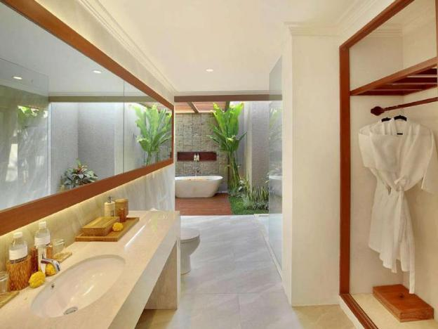 Luxury Deluxe Pool Villa-Breakfast@Seminyak Area