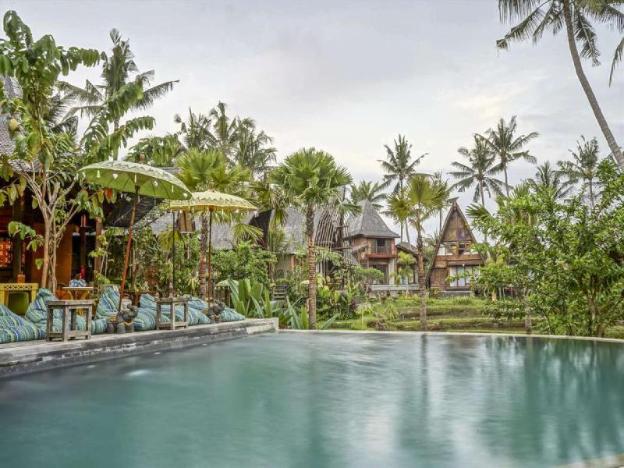 1 BR Ethnic Villa With Plunge Pool - Breakfast