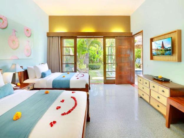 3 BR Family Villa W/Private Pool-Breakfast+Kitchen