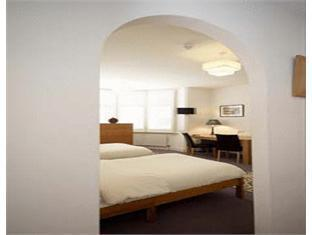 Archways Lodge Hotels image