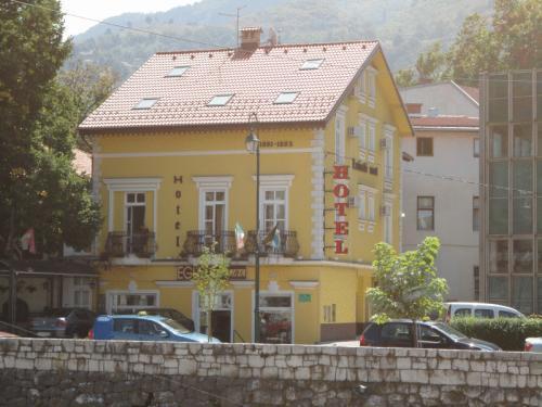Hotel Latinski Most