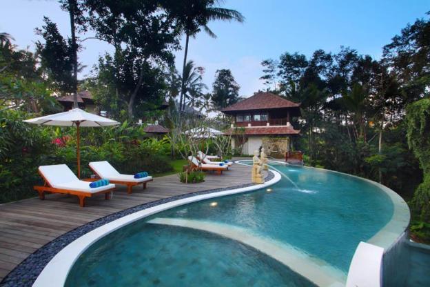 Lush Tropical Garden 1 BR Private Pool Villa + Breakfast