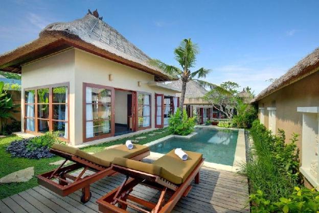 Luxury 1 BR Wooden Villa + Breakfast