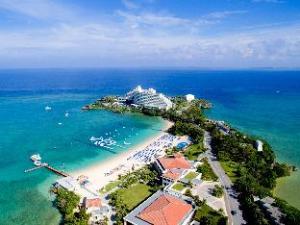 關於ANA萬座海濱洲際酒店 (ANA InterContinental Manza Beach Resort)