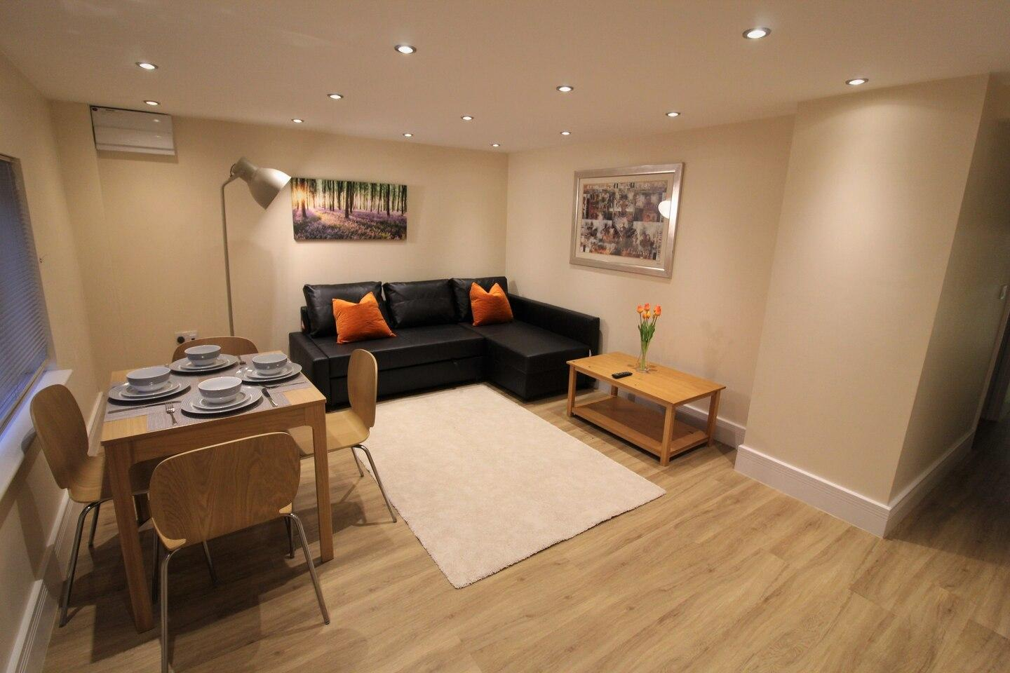 City Retreat - 1-bed Apartment, Coventry Centre