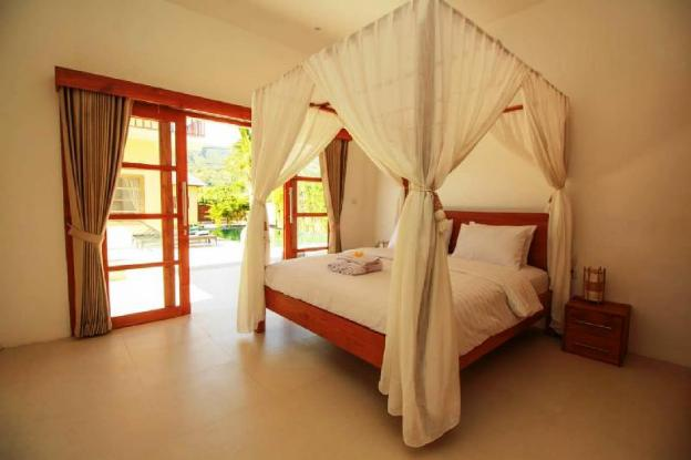 Beautiful cozy large Villa with modern decor and fully luxurious furnishings