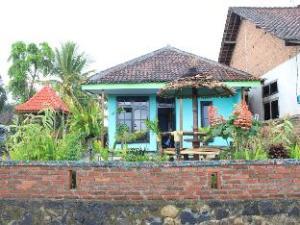 Randu Agung Maulidas Guest House