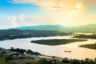 Фото отеля Gin's Mekong Cruises - Golden Triangle to Luang Prabang