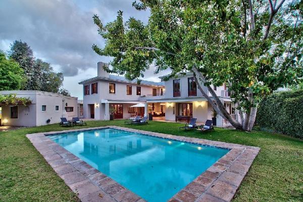 Nova Constantia Boutique Residence Cape Town