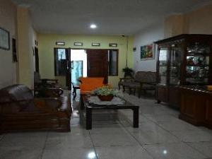 Hotel Mitra Mutiara Inn