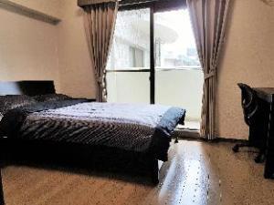 Apartment Lions Mansion Tenjin Minami by Fukuoka Properties