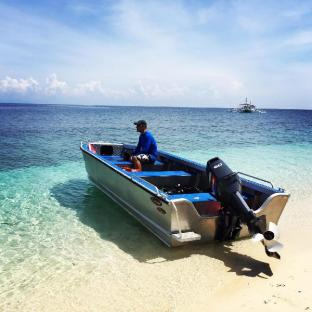 picture 5 of Sandingan Island Dive Resort