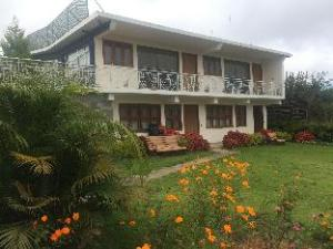 Leisure Vacations Heavenly Hills Villa - Coorg