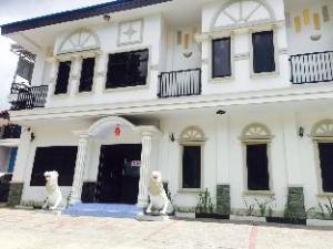 De Royale Manado