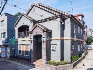 Hongdae Lodge