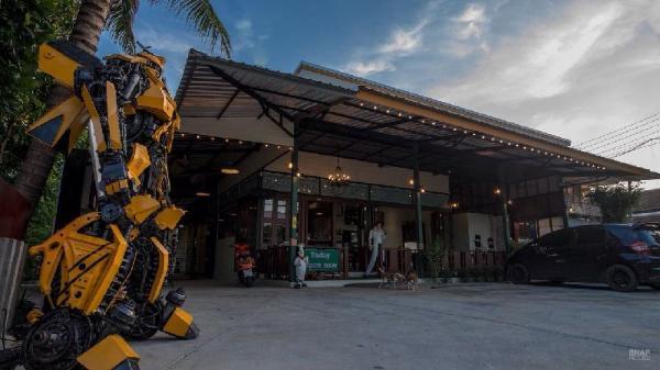 Sunday J Resort & Restaurant Chonburi