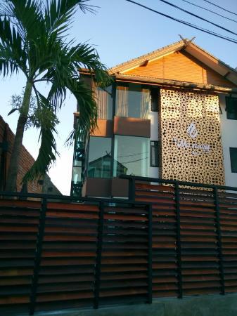 De Nara Hotel Chiang Mai