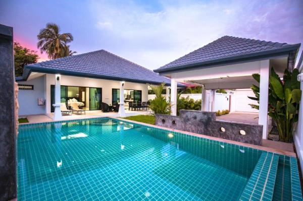 Ban Fasai Villa by Jetta Group Phuket