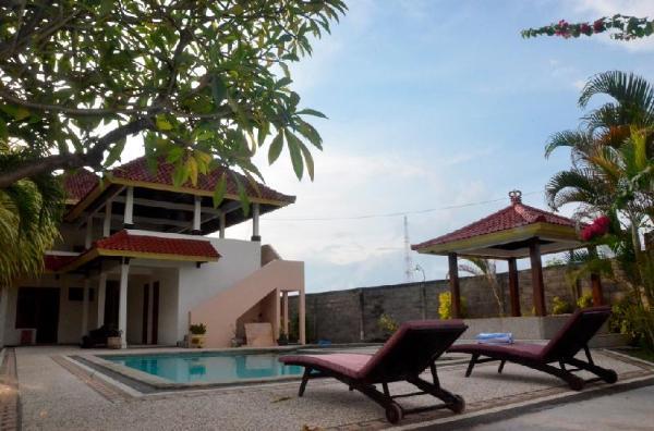 Villa Kayumanis Lovina Bali