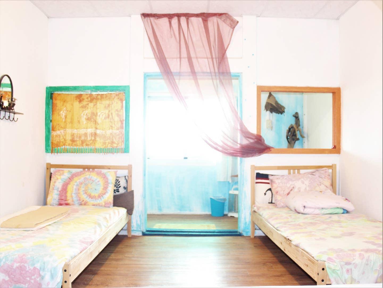 C 寵物友善四人房-有獨立小庭院/停車位/聽海/看星星/適合渡假放鬆